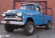这台由V8驱动的1959年阿帕奇让猛禽看起来很无聊